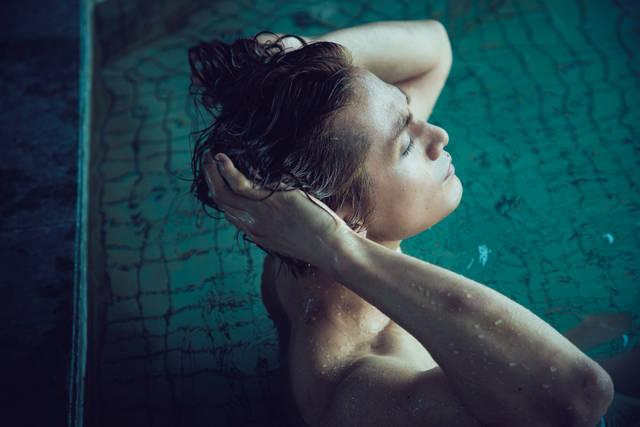 加藤和樹の最新写真集『加藤和樹という男』が4月9日(月)発売!全裸・肉体美から優しい素顔まで