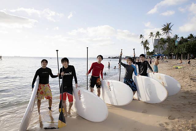 太田基裕がハワイのショーに飛び入り参加!? 『たびメイト』第6話のあらすじと先行カットが公開!!