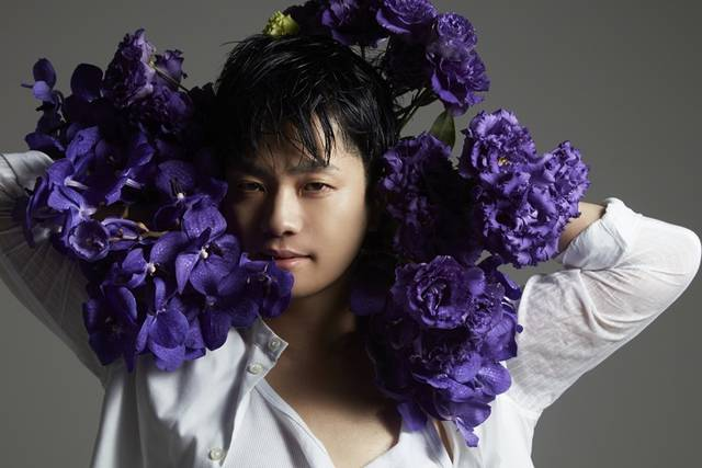 福山潤、露出度高めなフォトセッション!梅原裕一郎さんらに続き、世界的写真家とコラボレーション