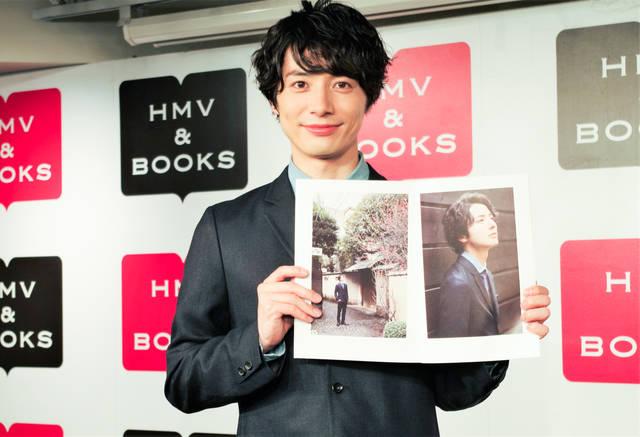 和田琢磨3rd写真集『Love,always』リリースイベント|大人な恋愛が満載の1冊に「100点あげたい」