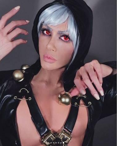 叶恭子様、久々のスーパーセクシーな男装!『ジョジョ』リゾットは瞳の奥まで注目