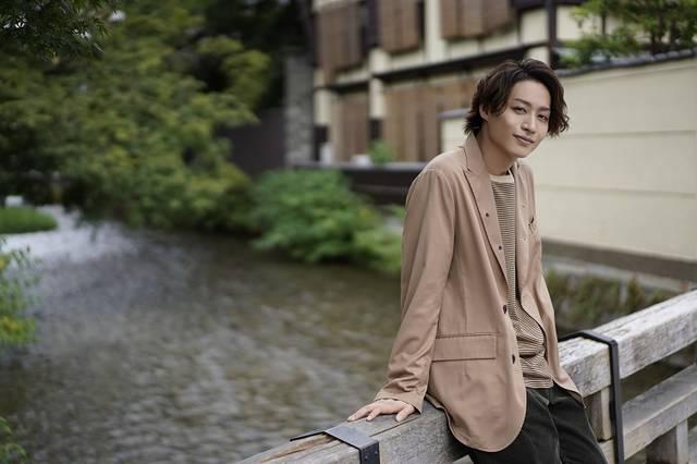 前山剛久・カレンダー発売決定♪ コンセプトは「大切な人と巡る関西旅行」!