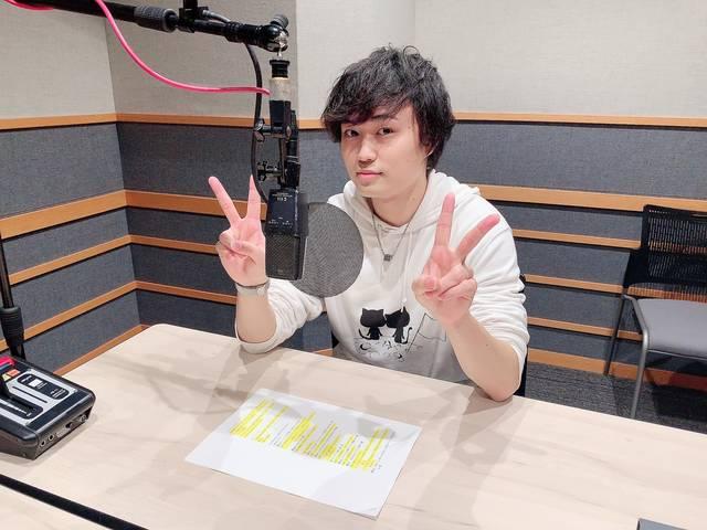 野津山幸宏が一人二役を演じる口説かれ動画が公開!『魔女は三百路から』第4巻、好評発売中