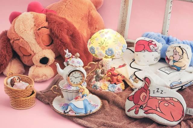 すやすや眠る『ふしぎの国のアリス』『バンビ』『わんわん物語』グッズ登場!