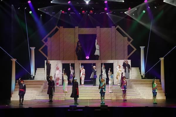 橋本祥平らの煌めきがオーバードーズを起こす!? 舞台『KING OF PRISM –Shiny Rose Stars-』ゲネプロレポート