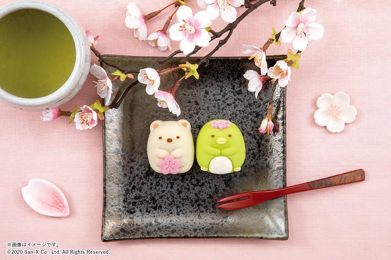 『すみっコぐらし』の「しろくま」&「ぺんぎん?」が和菓子に♪ お花見姿が可愛い♪