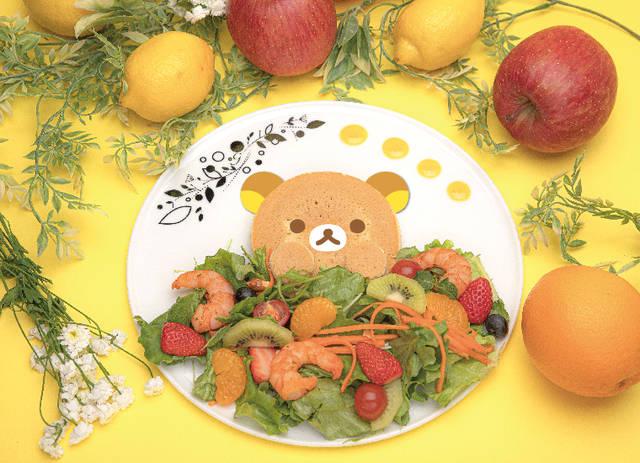 『リラックマ』のプロジェクション・マッピングが楽しめるコラボカフェ♪ フルーツたっぷりの可愛いメニュー♪
