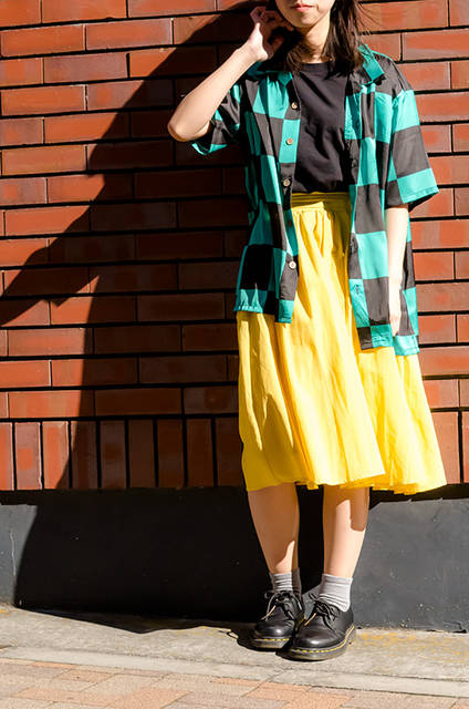 『鬼滅の刃』ファッションで夏を迎える5選♪ 羽織り柄アロハシャツや家紋入りTシャツまで