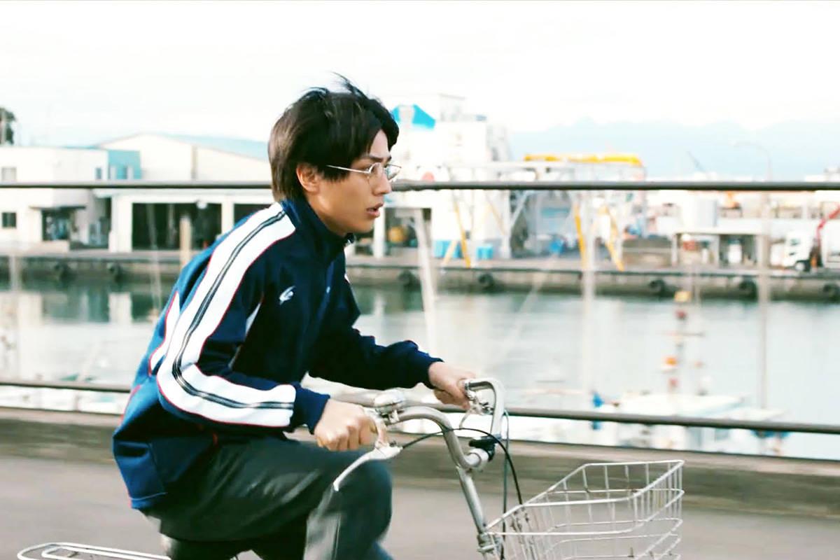 永瀬廉がアニソンを熱唱! 映画『弱虫ペダル』本編オープニングシーン初解禁!