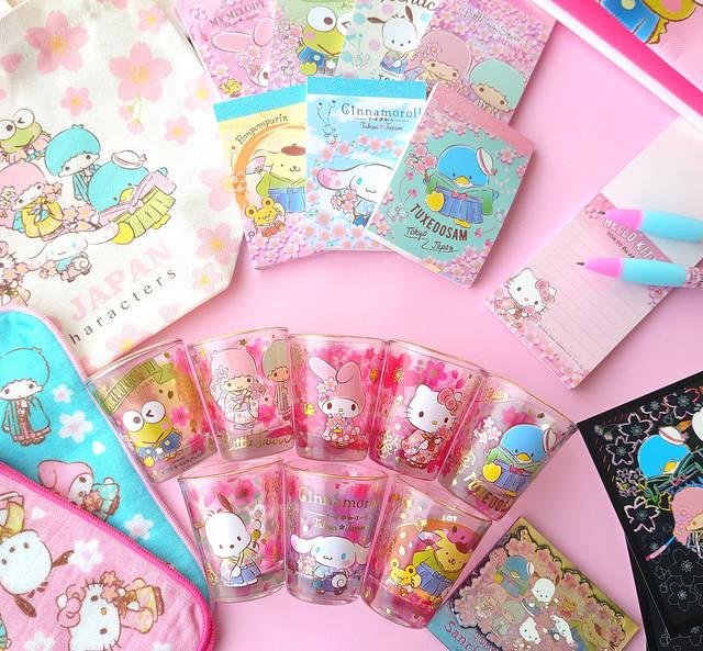 着物×桜が可愛い♪ シナモロール、ポチャッコ、ポムポムプリン、ハローキティたちの新グッズ