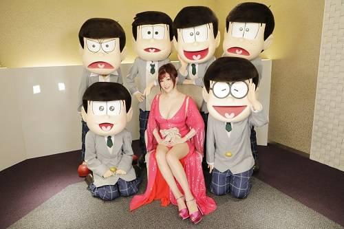 劇場版「えいがのおそ松さん」初日舞台挨拶 写真3