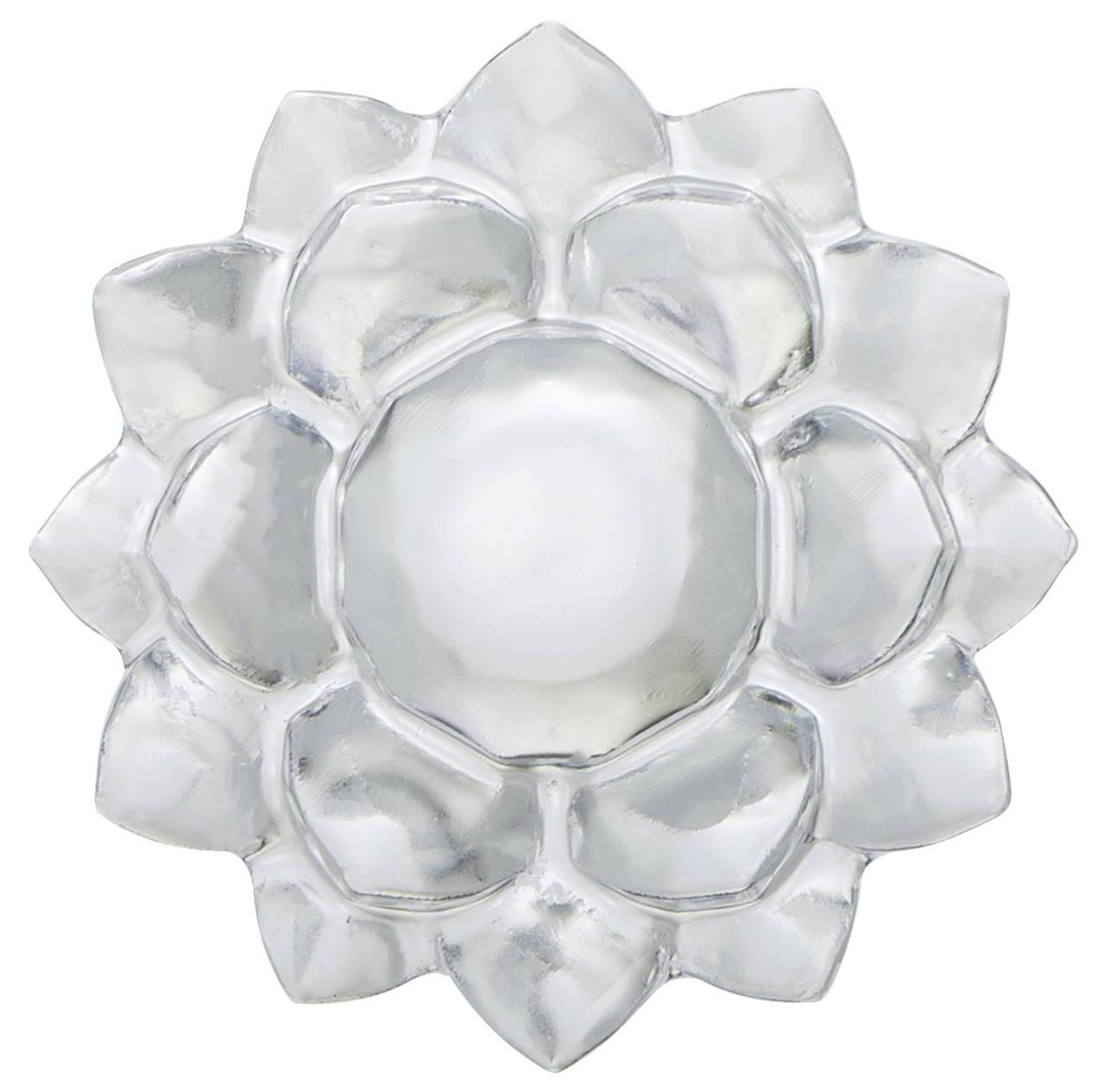 『セーラームーン』アイテム型のアイストレー:幻の銀水晶(小)