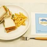 ちびまる子ちゃん × TOWER RECORDS チーチキンサンドイッチ 画像