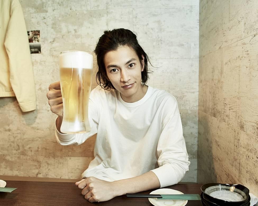 『仮面ライダージオウ』渡邊圭祐の1st写真集がデビュー1年にして重版決定! 画像2