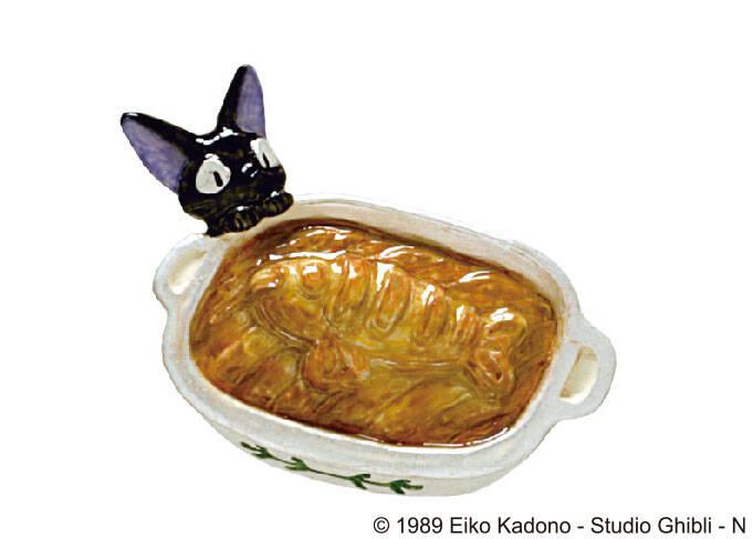 『魔女の宅急便』ニシンのパイがブローチになった! 『耳をすませば』『千と千尋の神隠し』再入荷も♪