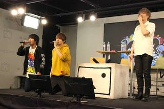 """本日5月16日(水)に、NEWアルバム『Buster Bros!!! VS MAD TRIGGER CREW』が発売されました。""""イケブクロ・ディビジョン""""VS""""ヨコハマ・ディビジョン""""のバトルがテーマとなったこちらのCDリリースを記念して、5月15日(火)ニコニコ生放送の公開収録が急きょ決定。声優の浅沼晋太郎さん、天﨑滉平さん、石谷春貴さんが出演しました。初っ端から火花バチバチ? ホントは仲良し? なイベントの様子をレポートします!"""