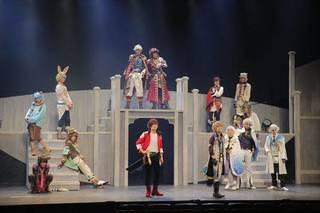 2019年1月31日、東京・THEATRE 1010にて、女性向けスマホアプリ『夢王国と眠れる100人の王子様』の舞台第2弾『夢王国と眠れる100人の王子様 On Stage』の上演がスタート! 新キャラと新キャストが多数登場し、前作とはまた違う見どころが満載の本作。囲み取材に続き、ゲネプロレポートをお届けします!