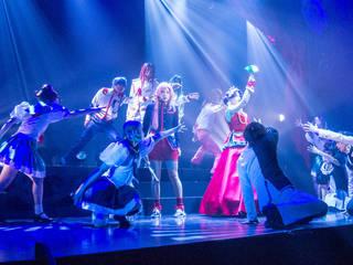 2018年3月8日(木)CBGKシブゲキ!! にてミュージカル『少女革命ウテナ~白き薔薇のつぼみ~』が開幕! 20周年を迎えた傑作アニメが、舞台の上で鮮やかに、華やかに描かれました。ゲネプロレポートとともに、キャストコメントをお届けします。