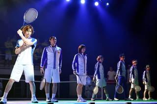 ミュージカル『テニスの王子様』3rdシーズン 全国大会 青学(せいがく)vs立海 前編が、2019年7月11日(木)にTOKYO DOME CITY HALLにて開幕を迎えました。青学(せいがく)と立海による頂上対決、その前半が描かれる今作のゲネプロ詳細レポートをお届けいたします。
